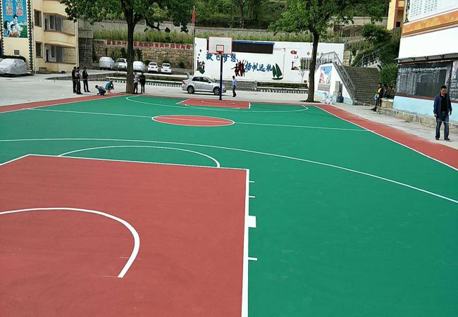 云南昭通某小学1100平方丙烯酸篮球场完工!