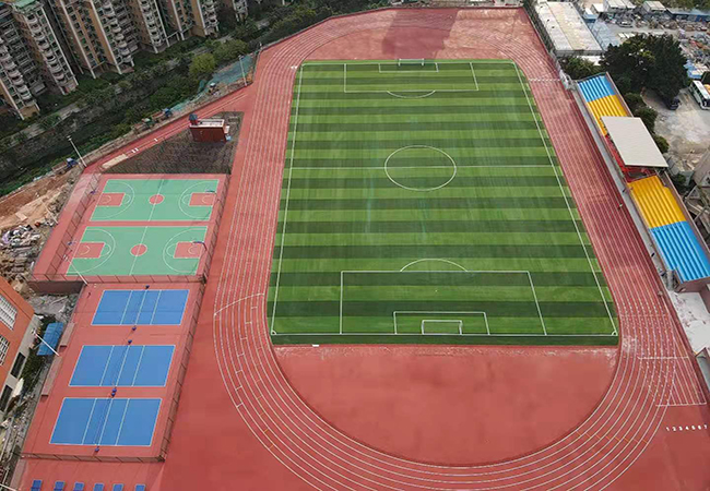 热烈庆祝广州南方医科大学塑胶跑道运动场顺利完工!【德朝体育】