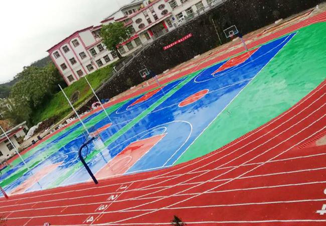 德朝体育助力公益--广东河源水墩中学田径运动场竣工!